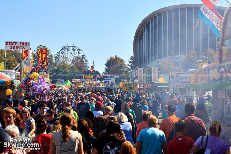 Crowds at the 2011 North Carolina State Fair