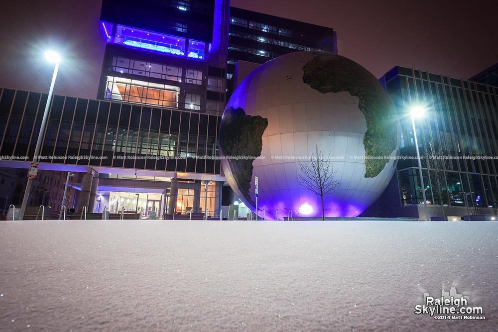 A snowy world, Raleigh