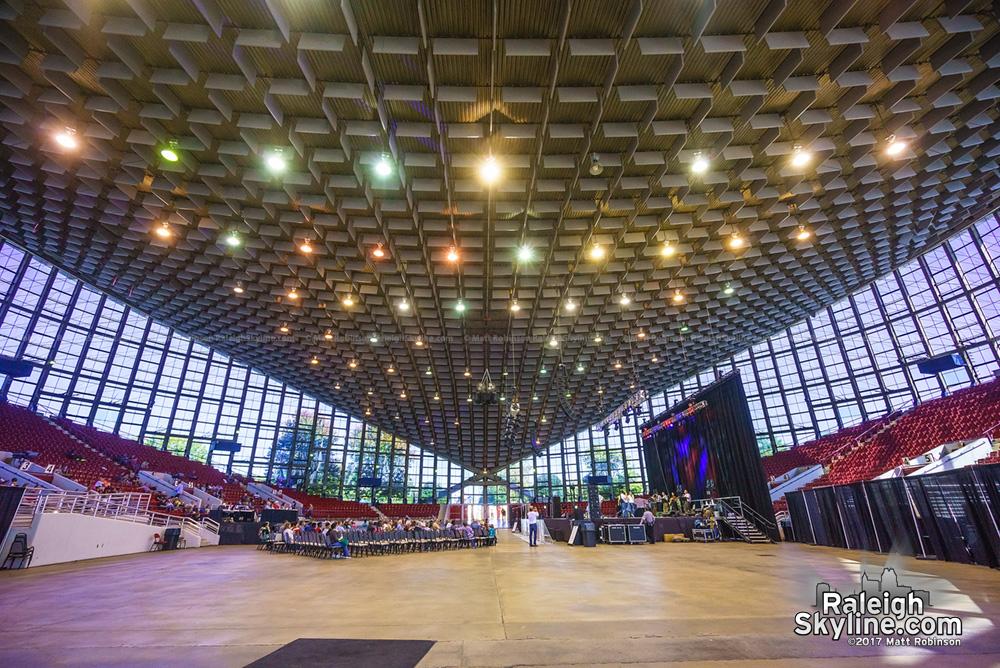 Interior rood of Dorton Arena