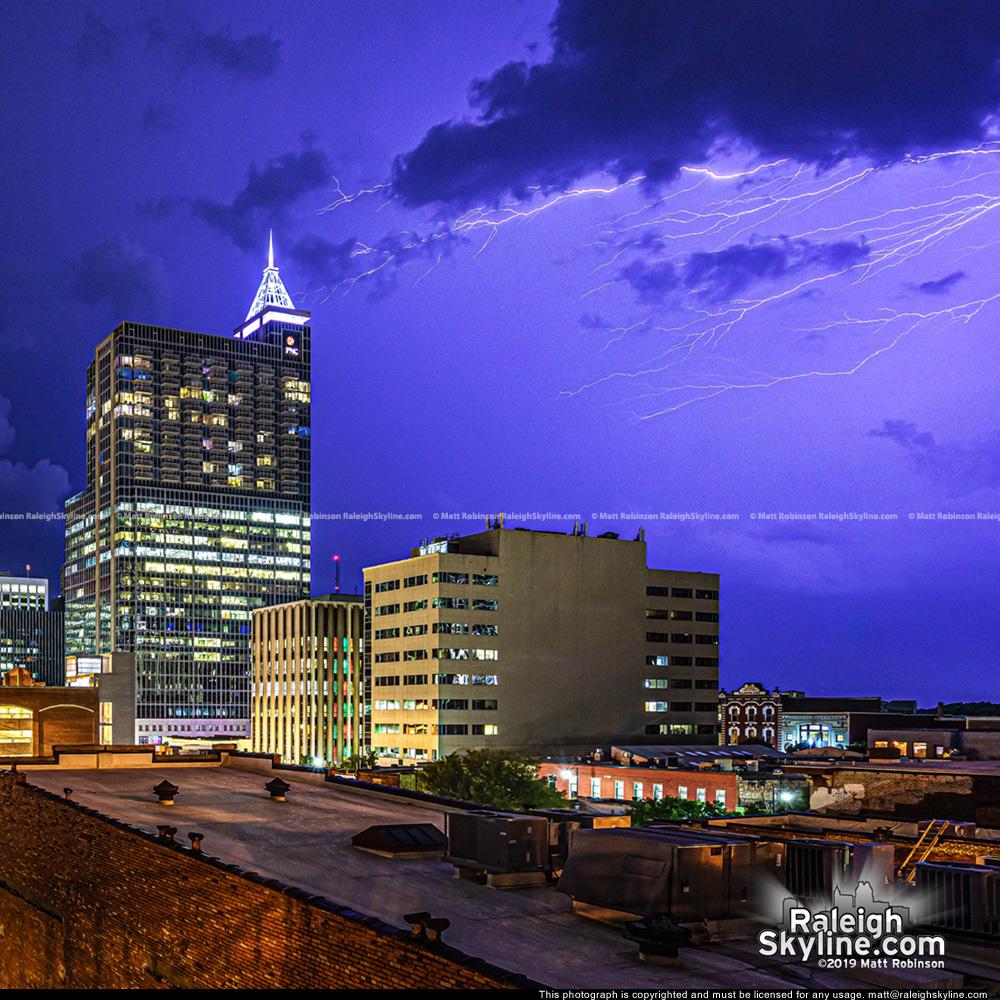 Anvil crawler lightning over Raleigh