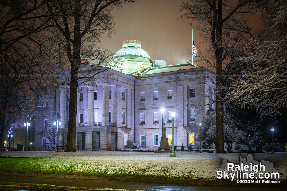 NC State Capitol during the snowfall of February 20, 2020