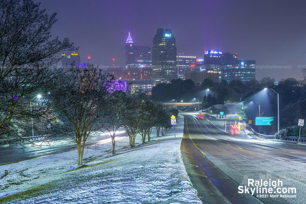 Raleigh snowfall skyline 2021